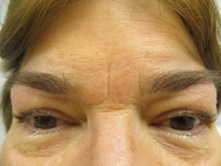 permanent tatooed eyebrows